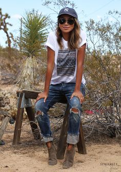 http://shopsincerelyjules.myshopify.com/pages/look-book
