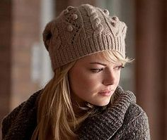 Knit this hat inspired by the one Gwen Stacy wore in the Amazing Spiderman movie!  Try it out in our Fishermen's Wool yarn.- free knitting pattern