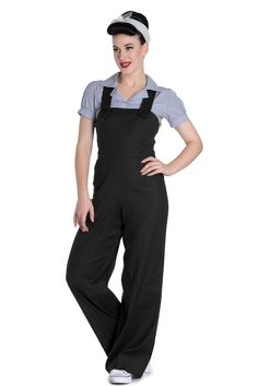 Hellbunny Penny Overall Jumpsuit Schwarz Rockabilly Jeans, Mode Rockabilly, Rockabilly Fashion, Retro Fashion, Vintage Fashion, Punk Fashion, Lolita Fashion, Fashion Boots, Vintage Inspired Outfits