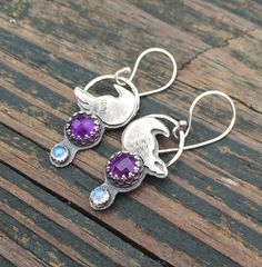 Hey, I found this really awesome Etsy listing at https://www.etsy.com/listing/224914307/amethyst-and-moonstone-earrings-raven