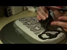 ▶ How to Make a Duck Dynasty Cake - YouTube