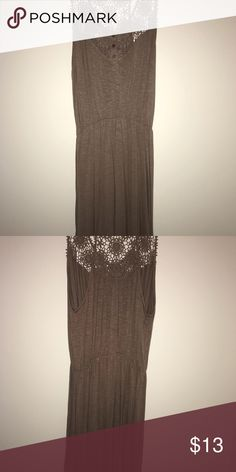 Tan dress xl Great condition Dresses High Low