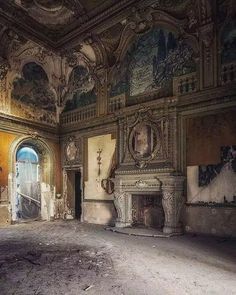 Abandoned Mansion For Sale, Old Abandoned Buildings, Abandoned Castles, Abandoned Mansions, Old Buildings, Abandoned Places, Beautiful Ruins, Beautiful Buildings, Beautiful Places