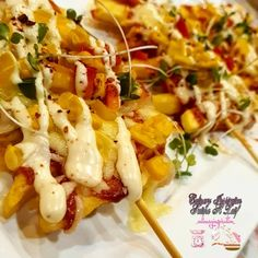 Chip Pizza recipe by Fatima A Latif posted on 11 May 2020 . Recipe has a rating of by 1 members and the recipe belongs in the Salads, Healthy, Light Meals recipes category Pizza Recipes, Cooking Recipes, Grated Cheese, Food Categories, Light Recipes, Skewers, Tomato Sauce, Fries, Oven