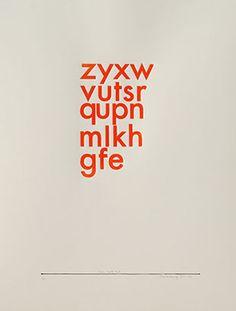 De drukvorm is middels een 3d-printer vervaardigd en vervolgens in hoogdruk met olieverf afgedrukt. het is een hommage aan Paul Klee. Hij heeft zijn werk nauwkeurig bijgehouden met een systeem van letters - daarom z t/m e.