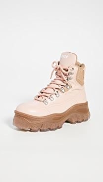 MSGM Hiking Boots London Shoes, Chunky Sneakers, Msgm, Platform Sneakers, Lace Up Boots, Timberland Boots, Designer Shoes, Hiking Boots, Combat Boots