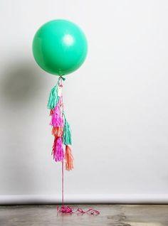 Piñata balloon by unelefante.mx