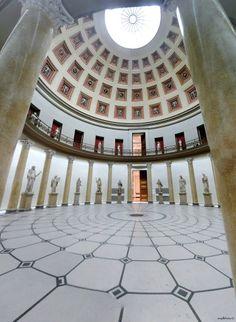 Altes Museum, Schinkel Carl Friedrich, In Plan, Ancient Buildings, Ancient Civilizations, Ancient Greece, Art Inspo, Circles, Countries, 19th Century
