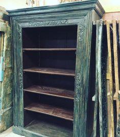 Antique Indian bookshelf old doors frame Bookcase Hand Carved Book Shelf vintage farmhouse Furniture chic blue patina - Wooden Crates Bookshelf