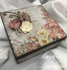 Caixa box- arte com scrap Décor- Rachel Simonini Decoupage Box, Decoupage Vintage, Diy And Crafts, Arts And Crafts, Paper Crafts, Cigar Box Crafts, Altered Cigar Boxes, Dollar Tree Decor, Heart Crafts