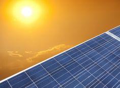 Conocer cómo funcionan los paneles solares es el primerpaso para adentrarnos de lleno en la energía solar. Sigue leyendo para tener toda la información. E