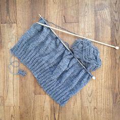 Tricot 1 Outlander Knitting Patterns, Knitting Patterns Free, Free Pattern, Crochet Bikini, Knit Crochet, Cardigan Fashion, Couture, Knitting Projects, Arm Warmers