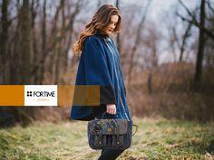Maletín con tejidos de patchwork en tonos azules de FOR TIME