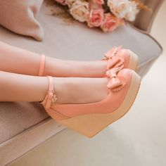 Heels: approx 12 cm Platform: approx 2 cm Color: Pink, Beige, Yellow Size: US 3, 4, 5, 6, 7, 8, 9, 10, 11, 12 (All Measurement In Cm And Please Note 1cm=0.39inch) Note:Use Size Us 5 As Measurement Standard, Error:0.5cm.(When Plus/Minus A Size,The Round And Shaft Height Will Plus/Minus 0.5CM Accordingly.Error:0.5cm) Note: The size you choose is US Size and 1CM=0.39inch. Size Guide: US 3=EU34=22CM,US 4=EU35=22.5CM,US 5=EU36=23CM, US 6=EU37=23.5CM,US 7=EU38=24CM,US 8=EU39=24.5CM, US…