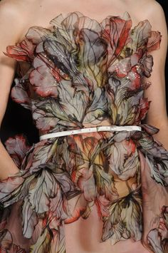 Sigh...more exquisiteness from Elie Saab. Elie Saab Haute Couture Spring Summer 2015 #details