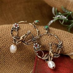 French Style Antique Van Gogh Sun Flower Vase Brooch Pin Women Alloy Breast Pin