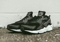 Black Python Covers The Nike Air Huarache