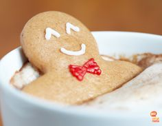 Christmas Card-Gingerbread man floating in Hot Chocolate Easy Holiday Cookies, Holiday Cookie Recipes, Holiday Treats, Holiday Baking, Christmas Cookies, Holiday Candy, Holiday Wishes, Halloween Candy, Christmas Wishes
