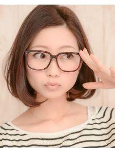 メガネ女子に似合うショート・ボブの髪型集(ヘアスタイル ミディアム - NAVER まとめ