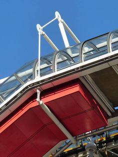 Beaubourg Quarter, Centre national d'art et de culture Georges-Pompidou, designed by Renzo Piano, Paris IV