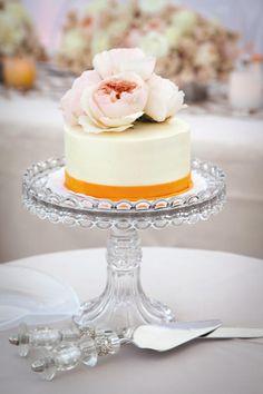 13 Bolos de noivado O bolo de noivado não costuma ser igual ao do casamento…