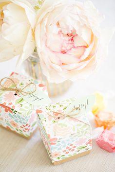 pretty floral wrap