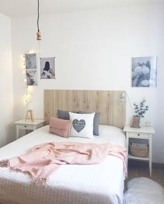 Hogar nórdico España-Canarias Deco Rose, Bedroom Decor, Bedroom Ideas, Bedroom Inspo, Home Bedroom, Bedroom Suites, Bedroom Ceiling, Bedroom Designs, Vintage Teen Bedrooms