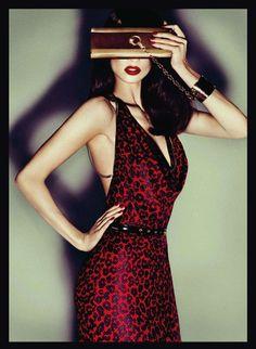Gucci Harper's Bazaar España October 2011.