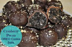 Cranberry Pecan OREO Cookie Balls #OREOCookieBalls #ad #cbias #NewYears #party Raw Dessert Recipes, Raw Desserts, Cookie Desserts, Dessert Bars, Chocolate Desserts, Delicious Desserts, Caramel Recipes, Donut Recipes, Candy Recipes