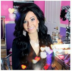 Meg (ciaoobelllaxo) used her Curl Jam 32mm barrel for this gorgeous hair tutorial. We are obsessed, she is stunning!