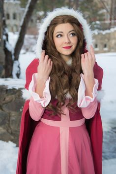 This Winter Belle Cosplay Is So Cooooool