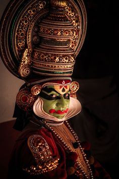 King Nalan from Nalacharitham Photo by Antony Sebastian -- National Geographic Your Shot Poster Photography, Indian Photography, Dance Photography, Levitation Photography, Travel Photography, Kathakali Face, Kerala Mural Painting, Greece Painting, Indian Classical Dance