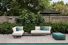 Manutti // Outdoor sofa set in Teak Nero. Green can act as a neutral in your colour pallet and bring the space together as a whole - Flex Collection #outdoorfurniture #outdoorluxury Outdoor Sofa Sets, Outdoor Furniture Sets, Outdoor Decor, Sofa Design, Furniture Design, Floating Table, Garden Sofa, Modular Sofa, Furniture Manufacturers
