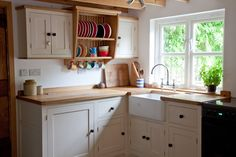 Painted Shaker Style Kitchen