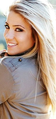 :)...I want this hair! Summer blond! :)
