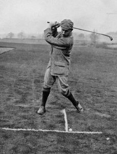 Harry Vardon Top of backswing. Golf Images, Golf Pictures, Golf Knickers, Pga Tour Players, Masters Golf, Vintage Golf, Four Letter Words, Golf Player, Strength Workout