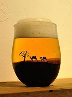 なにこれ欲しい! ビールを注ぐと「ロマンチックな風景」が現れるグラス | TABI LABO