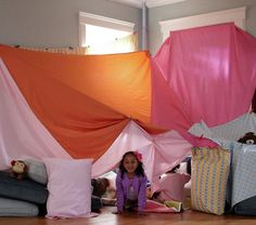63 Ideas For Tent Camping With Kids Blanket Forts Indoor Forts, Indoor Camping, Tent Camping, Cabana, Sheet Tent, Cool Forts, Kid Forts, Awesome Forts, Build A Fort