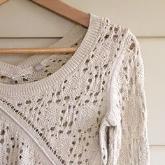 Anthropologie: Knitted & Knotted size XS Detailed gorgeous sweater!! In perfect condition! Anthropologie Sweaters Crew & Scoop Necks