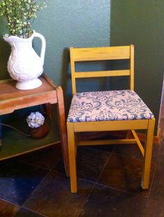 Little mid century wood chair makeover with DIY chalk paint using Valspar La Fonda Ortiz Gold. Seat cushion recovered with a pillow cover from Hobby Lobby.