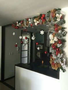 Christmas decorations - New Deko Sites Simple Christmas, Christmas Home, Christmas Holidays, Christmas Wreaths, Christmas Ornaments, Outdoor Christmas, Homemade Christmas, Cheap Christmas, Hanging Ornaments