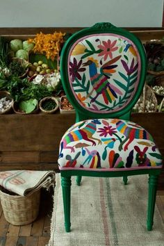 Crochet inspiration otomi - mexican embroidery green chair, wow that is one bright chair, home decor, no pattern off limits Funky Furniture, Painted Furniture, Patterned Furniture, Vintage Furniture, Handmade Home Decor, Diy Home Decor, Mexican Embroidery, Upholstered Furniture, Furniture Chairs