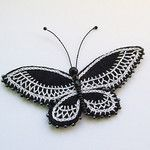 black and white butterfly por Erratic Needle