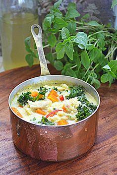 Ryby w zupie z dynią i jarmużem #gryz #MagazynGryz