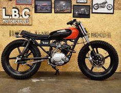 Yamaha YBR125 #streettracker