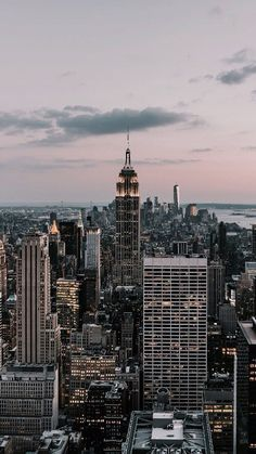 without you is how i disappear on We Heart It *Around the world* Image de City, New York und Travel Whats Wallpaper, New York Wallpaper, City Wallpaper, Travel Wallpaper, New York Life, Nyc Life, City Aesthetic, Travel Aesthetic, Aesthetic Backgrounds