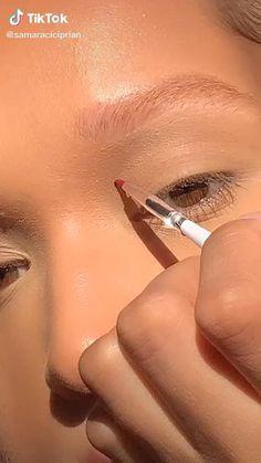 Disco Makeup, Edgy Makeup, Fancy Makeup, Indie Makeup, Makeup Eye Looks, Creative Makeup Looks, Eye Makeup Art, Makeup Inspo, Eyeshadow Makeup