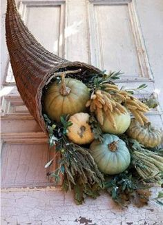 Fall Decor in greens and blues / Autumn Accessories - Willow Cornucopia Thanksgiving Tablescapes, Thanksgiving Decorations, Thanksgiving Cornucopia, Thanksgiving Diy, Fall Home Decor, Autumn Home, Blue Fall Decor, Fall Arrangements, Autumn Decorating