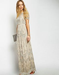 Buy Needle & Thread Embellished Tiered Petal Maxi Dress at ASOS. Get the latest trends with ASOS now. Grad Dresses Long, Modest Dresses, Modest Outfits, Dance Dresses, Modest Fashion, Homecoming Dresses, Dress Outfits, Dresses With Sleeves, Formal Dresses