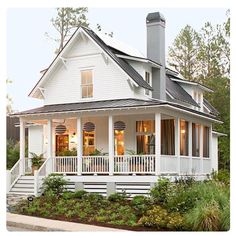 Writing inspiration... This house looks like the perfect addition to my small town, don't you think? #amwriting